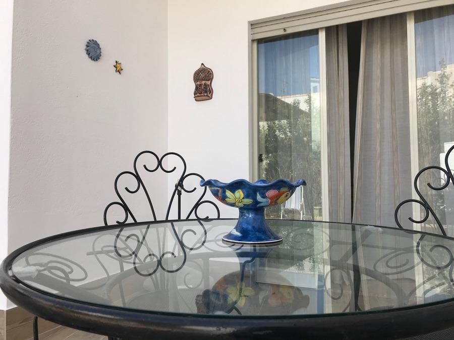 Tavolo siciliano in vetro