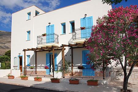 Catarin Hotel - Castelluzzo (5 Km da San Vito Lo Capo)